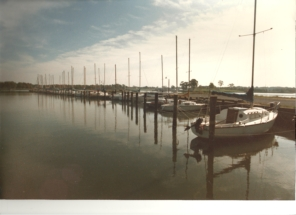 1986 HS Marina picture